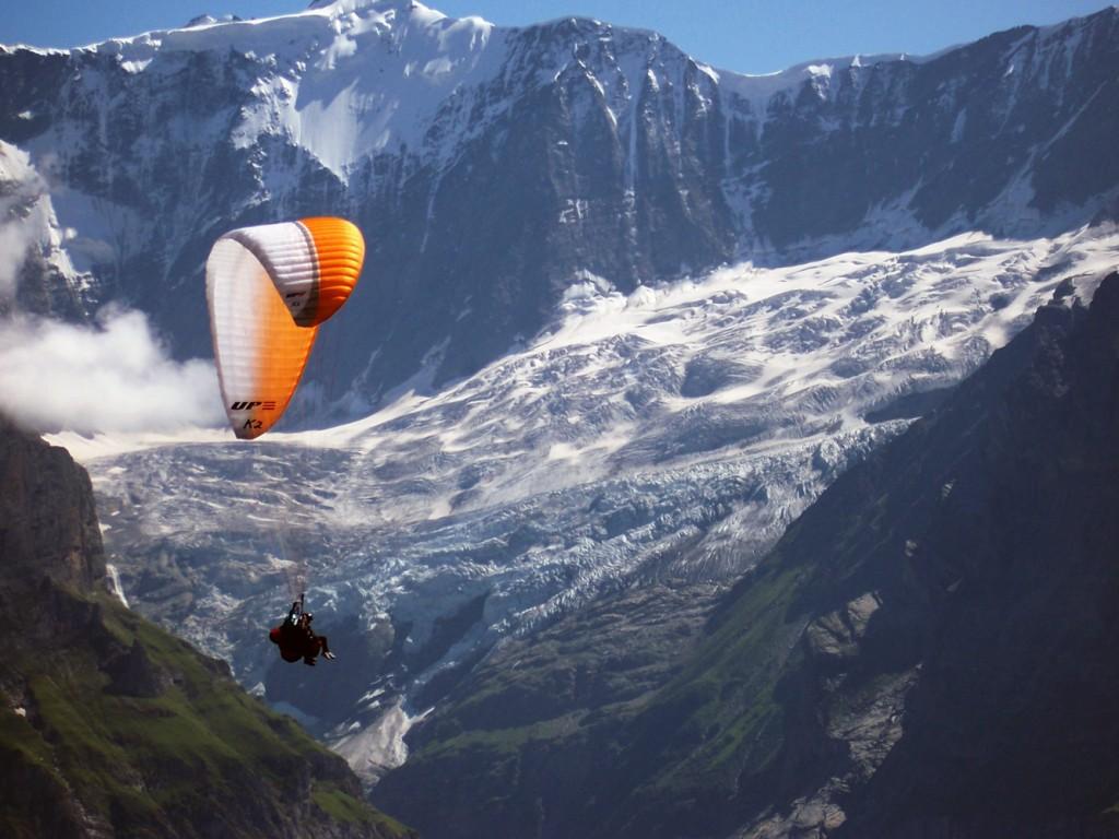 Tandem siklóernyővel Svájcban